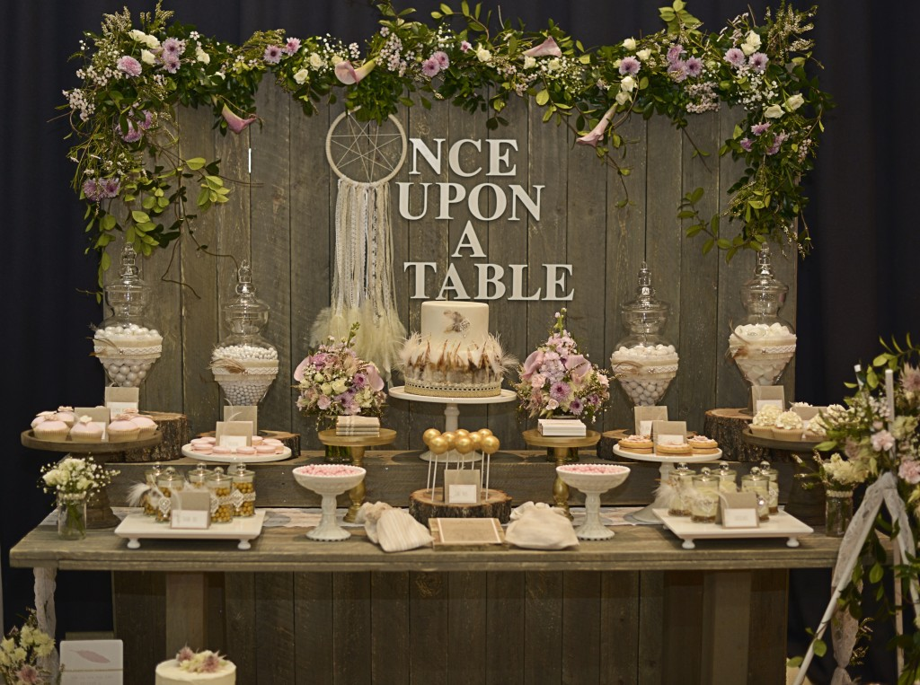 Confetti Fair Table