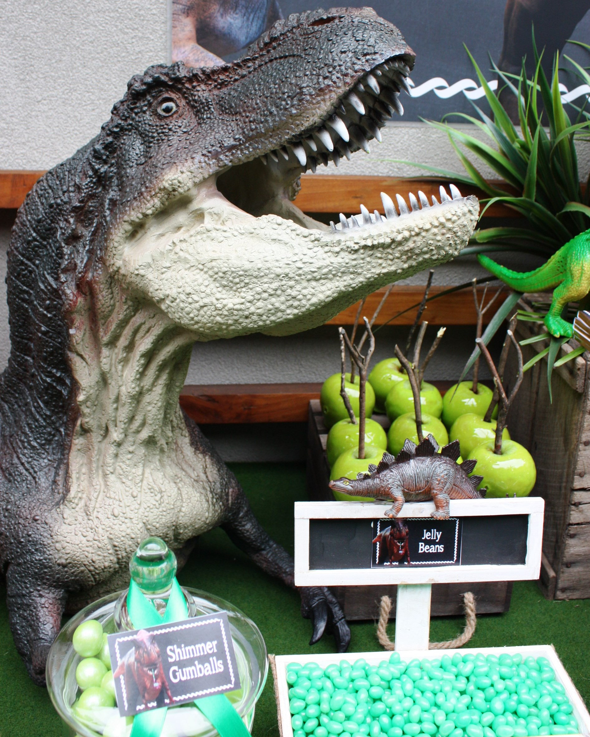 Dinosaur prop for hire - Tiny Tots Toy Hire (Sydney)