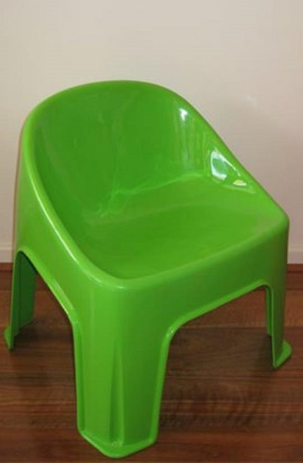 Green bubble kids chair for hire - Tiny Tables and Chairs (Melbourne)