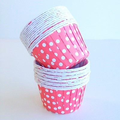 Red spot baking cup - Ruby Rabbit Partyware