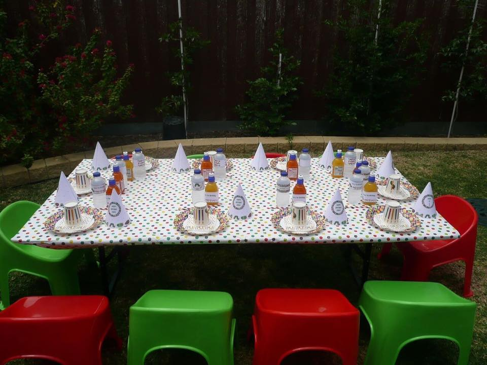 Kids chairs and table for hire - Tiny Tables and Chairs (Melbourne)