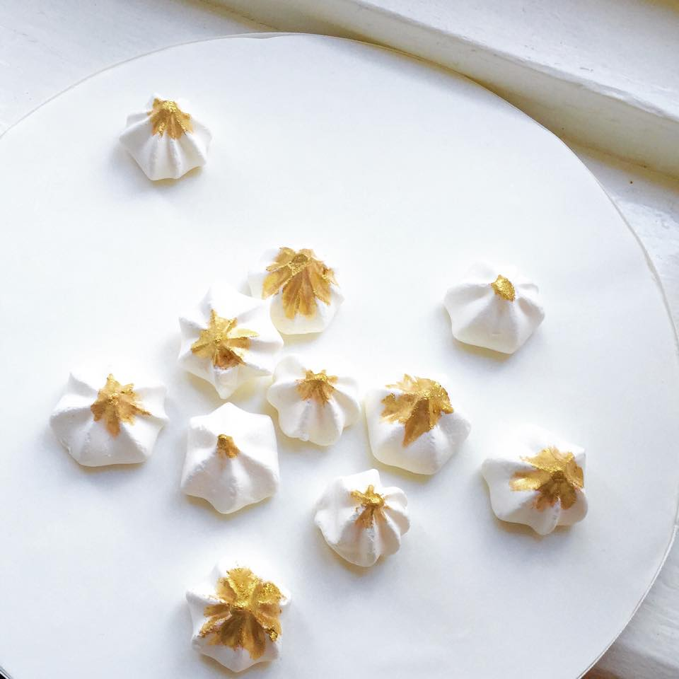 Meringue kisses with gold leaf - Deliciously Yours