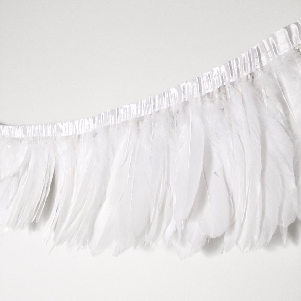 White feather garland - Ruby Rabbit Partyware