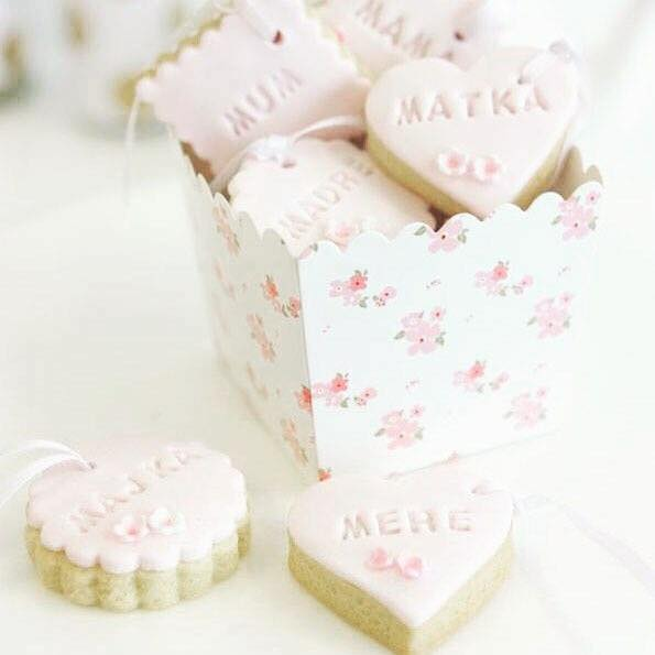 Floral favour box - Saffy and May