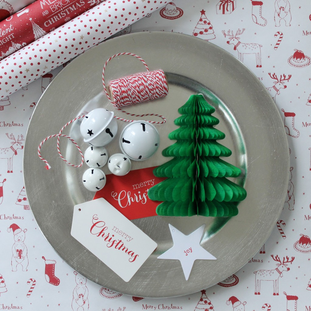 Red and white christmas wrapping accessories - The Party Parlour