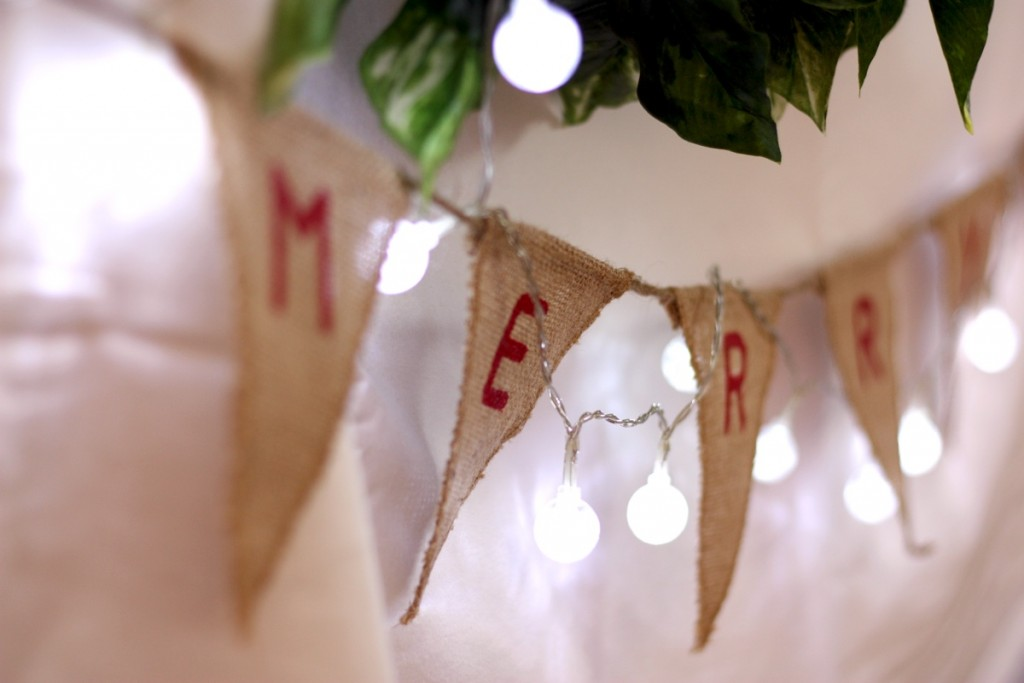 Christmas burlap bunting as part of the Vintage Christmas decorator kit, $55 - The Kit Source
