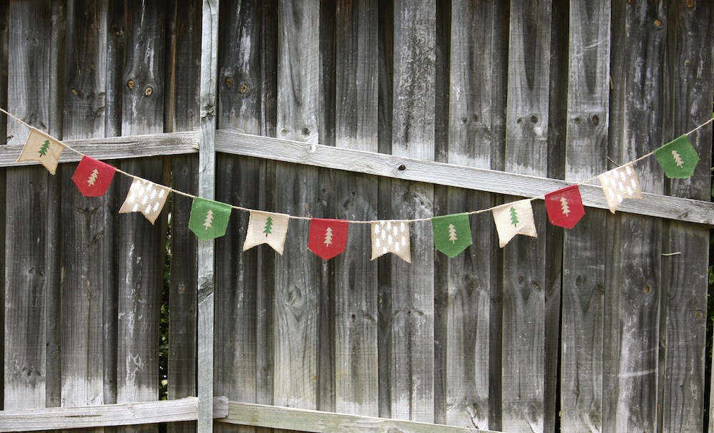 Vintage Christmas bunting, $24.99 - Style Party Love