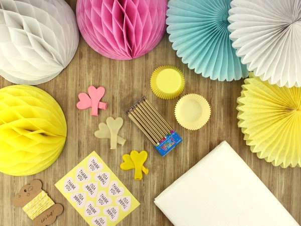 Candy coloured decorator kit - The Kit source
