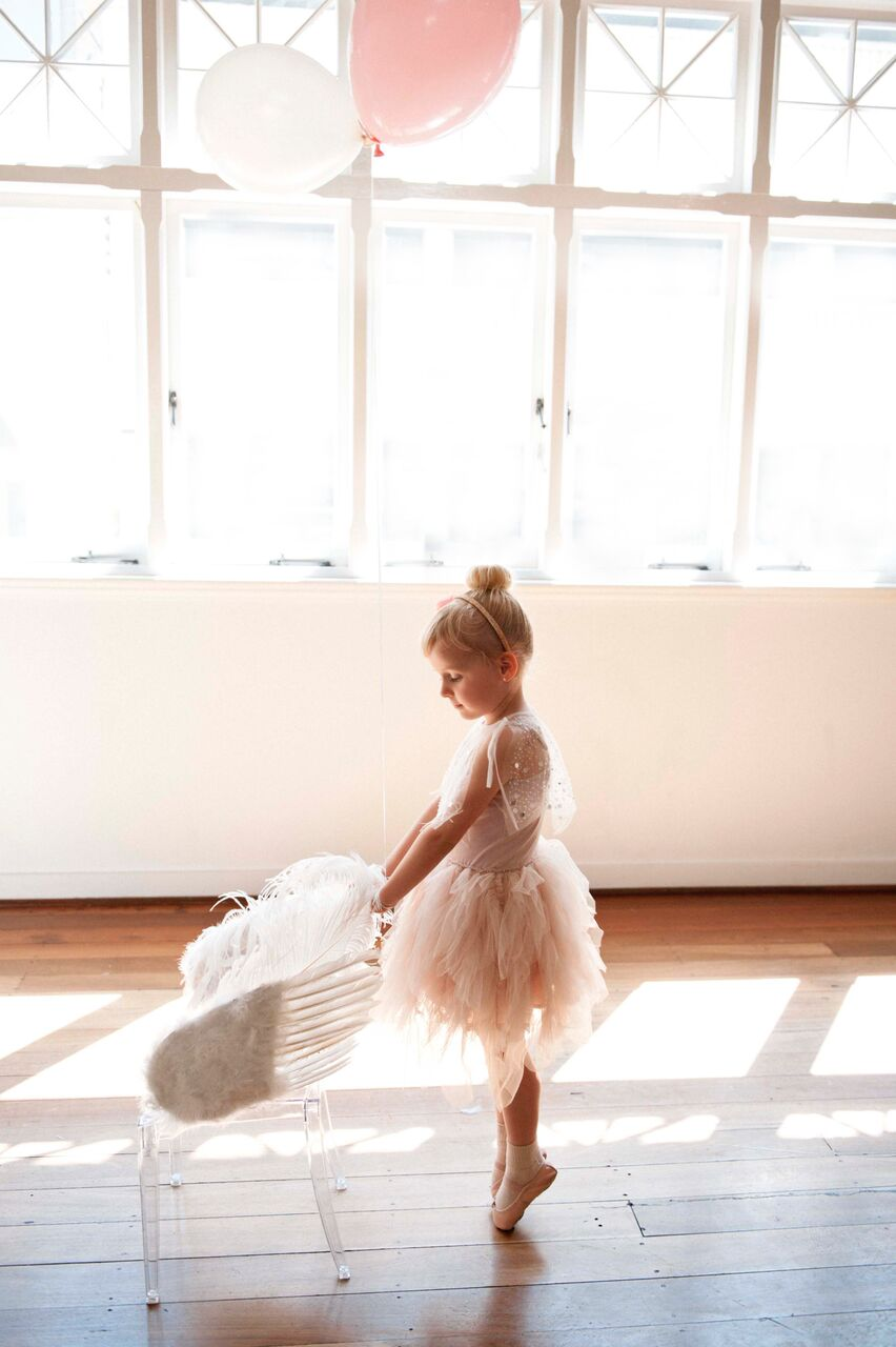 Swan princess ballerina party shoot - Dream a little dream children's parties/ I Heart Table Art