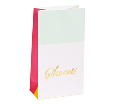 Golden sweets party bag - Love The Occasion