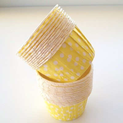 Yellow spot baking cups - Ruby Rabbit Partyware