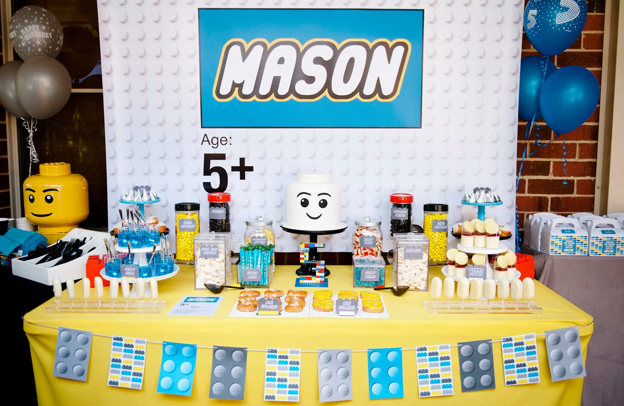 Lego dessert table - Dream a little dream children's parties