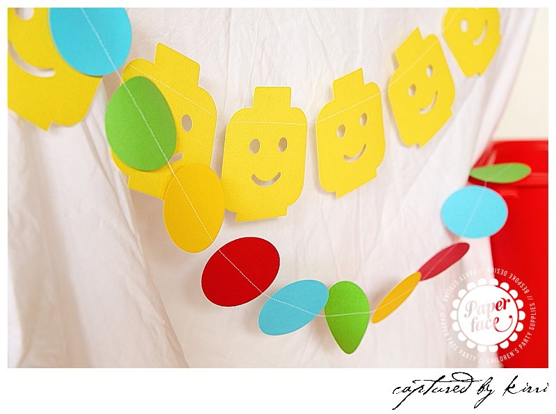 Lego party garland - Paper Face