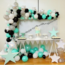 Twinkle Twinkle Little Star first birthday - Tiny Tots Toy Hire (Styling and props)