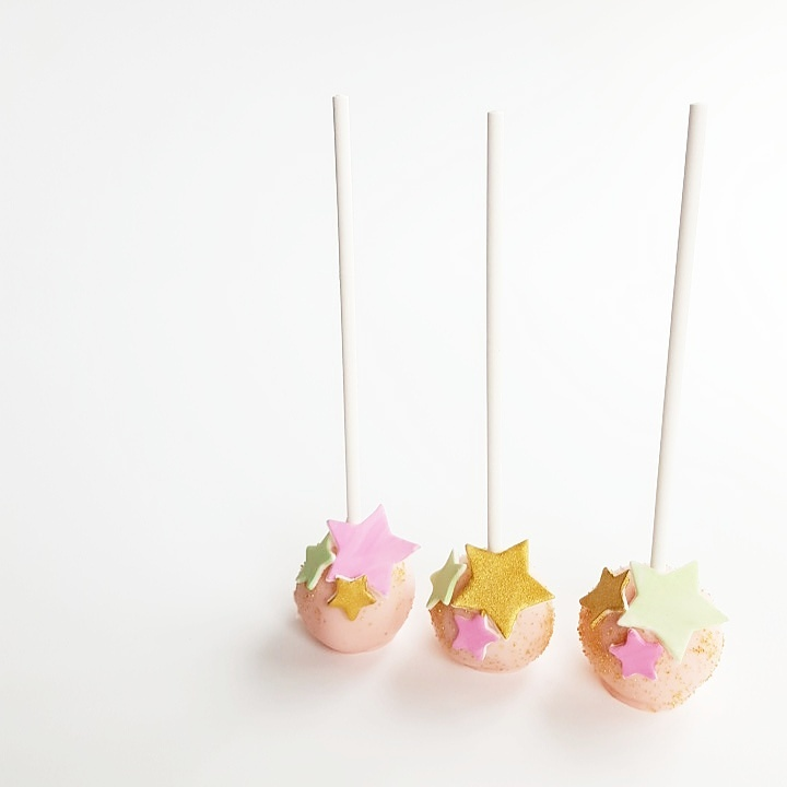 Twinkle Twinkle little star cake pops - Frosted by Nicci (Melbourne)