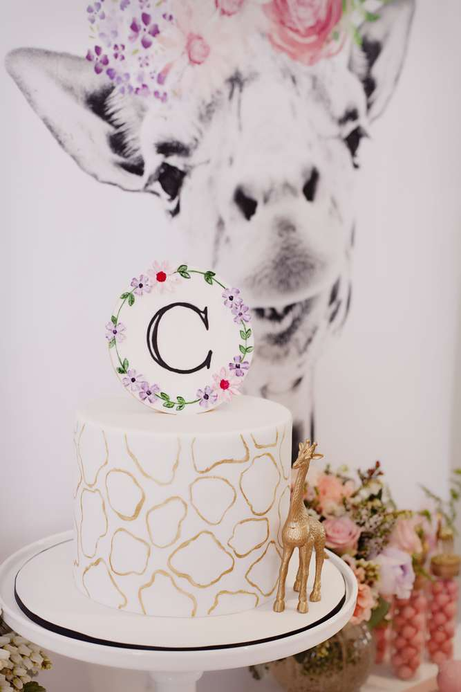 Giraffe cake - Frosted by Nicci (Melbourne) in party styled by The Little Big Company
