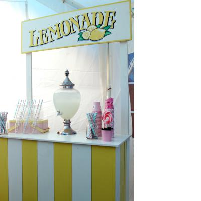 lemonade stand - tiny tots toy hire