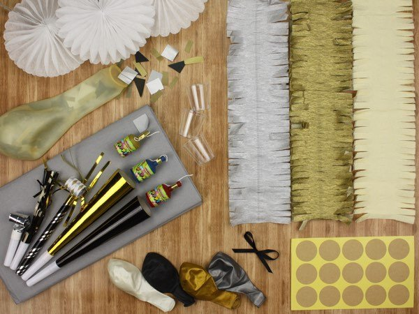 Fancy decorator kit - The Kit Source