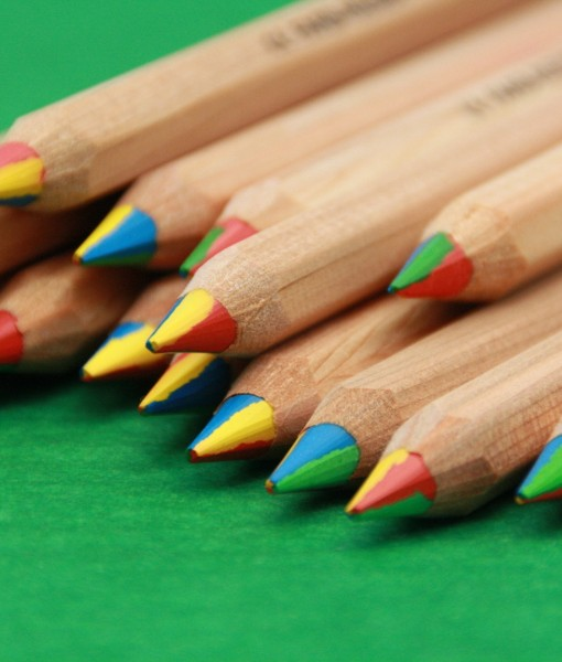 Rainbow pencils - Party Ideas in a Box