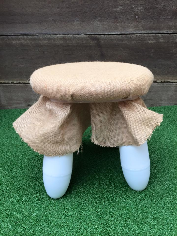 hessian covered stool - the enchanted party hire