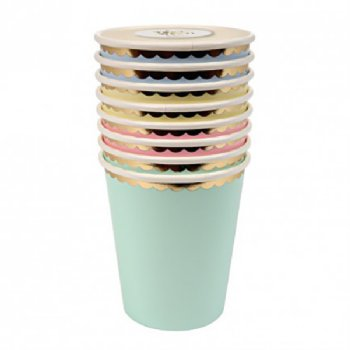 Pastel paper cups gold border