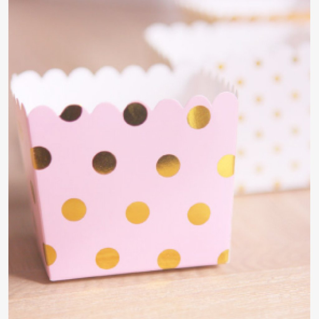 pink and gold party favours