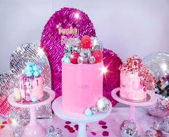 Cakes, Desserts & Confectionery